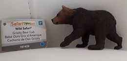Figurine, Animal Sauvage, Bébé Ours Gris - Grizzli Bear Cub - Wild Safari - Cachorro De Oso Grizzli - Long 8 Cm - Figurines