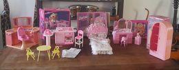 4 Boites Barbie Lave Vaisselle, Lit, Coiffeuse, Armoire + Salon De Coiffure - Barbie