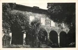 31 - FOURQUEVAUX - Le Chateau - Comte De St Roman Prop. - Autres Communes
