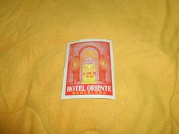 ETIQUETTE HOTEL ORIENTE BARCELONA. - Hotel Labels