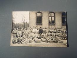 Cpa Groupe De Soldats Posant - Régiments
