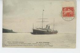 SOULAC SUR MER (environs) - POINTE DE GRAVE - Bateau Des Messageries Maritimes Entrant En Gironde, Venant D'Amérique Du - Soulac-sur-Mer