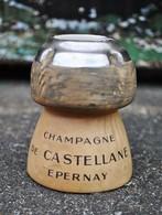 Rare Ancien Cendrier Publicitaire  Bouchon Champagne De Castellane Epernay Fabrication Villenauxe En Champagne - Ashtrays
