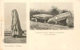 85 - Double Vue : AVRILLE - Le Menhir / LE BERNARD : Dolmen De La Frebouchere Avant Sa Restauration - Frankrijk