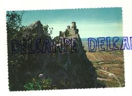 République De Saint-Marin. La Première Tour Et Panorama. P. Marzari SRL. Da Fotocolor Kodak Ektachrome - Saint-Marin