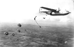 PHOTO- SAUT EN PARACHUTE D'AVION  1962 - Aviation