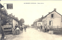 10 LES GRANDES CHAPELLES CAFE VOITURE LIVRAISON DE LA BIERE DE LA COMETE A POINGT ARCIS SUR AUBE - France