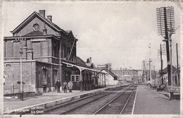 Leupegem La Gare Interieur De La Gare - Stazioni Senza Treni