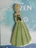 """Pin 's - Disney ANNA La Reine Des Neiges """"ANNA FROZEN"""" DISNEYLAND PARIS - Disney"""