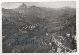 15 CANTAL - CP EN AVION AU DESSUS DE ST JACQUES DES BLATS - LA GARE ST JACQUES ET LE PUY GRIOU - CIRCULEE 1968 - France
