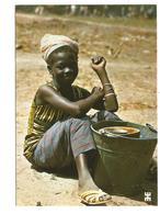 AFD.0238/ BANFORA - Au Marché  ... Sourire D'une Petite Vendeuse D'eau - Burkina Faso