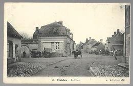 Muides - La Place. - France
