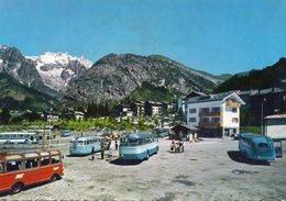Italie Courmayeur Val D'Aosta Animée Autobus Cars Autocars Bus - Italy