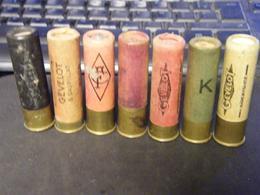 LOT DE 7 TRES ANCIENNES CARTOUCHES DE CHASSE EN CALIBRE 20 - Militaria