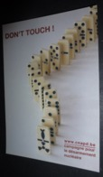 Carte Postale - Don't Touch ! (dominos) Campagne Pour Le Désarmement Nucléaire - Advertising