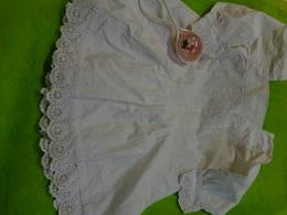 Robe Tablier De Bebe Ancienne + Hochet Pour Poupee - Vintage Clothes & Linen