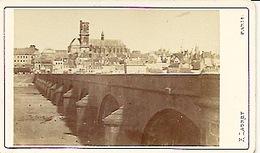 Photo Sur 10,5 Sur 6,2 Photographe Ladrey . Vue De Nevers Avant 1870 ? - Photographs