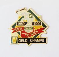 Grand Pin's éléphant Baseball Oakland World Champs - 2 Attaches - Animaux - Baseball