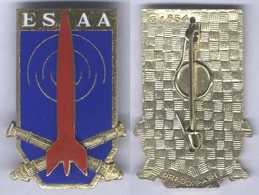 Insigne De L'Ecole De Spécialisation De L'Artillerie Antiaérienne - Esercito