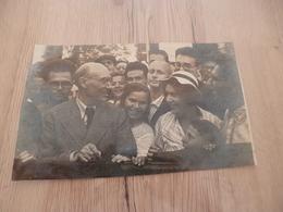 Photo Originale 13 X 21 Par Koudoiarov La Rencontre D'André Gide Avec Les étudiants De Moscou 1936 - Personalidades Famosas