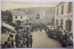 SAINT JEAN DU DOIGT-Arrivée De La Procession De Plougasnou - Saint-Jean-du-Doigt