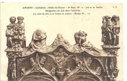 AMIENS .  CATHEDRALE .  STALLES DU CHOEUR . JOB ET SA FAMILLE   . NON ECRITE - Amiens