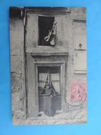 PARIS (Vieux Montmartre ) Chez Un Chansonnier De La Butte. - Arrondissement: 18