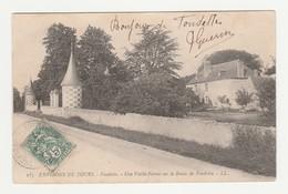 Environs De Tours.Fondettes.37.Indre Et Loire.Une Vieille Ferme Sur La Route De Fondette. - Fondettes