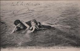 Cpa HYERES 83 - 1914 - La Plage - Deux Jolies Baigneuses - N° 107 ELD - Hyeres
