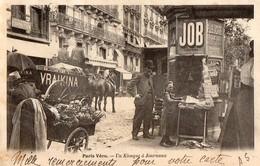PARIS Vecu   -  Un Kiosque A Journaux - Autres
