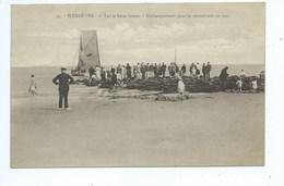 Wenduine Wenduyne  Sur Le Brise Lames  Embarquement Pour La Promenade En Mer - Wenduine