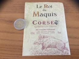 Étiquette De Vin « CORSE  - Le Roi Du Maquis - CAVE DE SAINT-ANTOINE - Ghisonaccia (20)» (sanglier) - Rouges