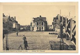LA MAILLERAYE SUR SEINE - L' Hôtel De L' Epoque - France