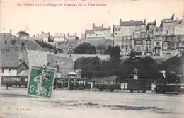 GRANVILLE - Passage Du Tramway Sur La Place Pléville - Granville