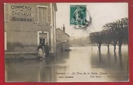 27 - VERNON -  QUAI CAMÉRÉ - COMMERCE DE CHEVAUX -  ENVAHI PAR LA CRUE DE LA SEINE  1910 - Vernon