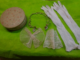 Couronne Mariee Ancienne A Restaurer+gants+boite MARQUIS PARIS Et Autres - Mariage