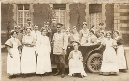 Charleville 1914 - Hopital Auxiliaire Au Lycée Sévigné -Etat-major Des Docteurs, Infirmiers Et Infirmières - Carte Photo - Charleville