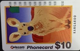 "Paco \ AUSTRALIA \ G930723a (b) \ Kangaroo (New Logo - ""Non Refundable"") \ Usata - Australië"