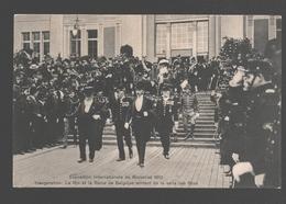 Exposition Internationale De Bruxelles 1910 - Inauguration: Le Roi Et La Reine De Belgique Sortent De La Salle De Fêtes - Expositions Universelles
