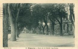 83)   BRIGNOLES   -  Cours De La Liberté - Les   Ecoles - Brignoles
