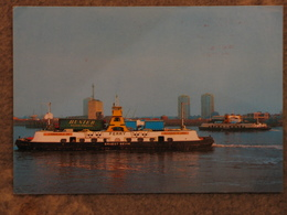 WOOLWICH FERRY ERNEST BEVAN - Ferries