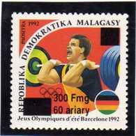 MADAGASCAR  1998  MNH -  JEUX OLYMPIQUES  BARCELONA 1992  HALTÉROPHILIE  SURCHARGE / OVERPRINT - Madagascar (1960-...)