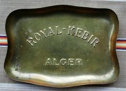 Cendrier Vin ROYAL KEBIR A ALGER  Cuivre - Ashtrays