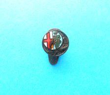 ALFA ROMEO - Italy Vintage Enamel Buttonhole Pin Badge Automobil Car Automobile Anstecknadel Distintivo Abzeichen Spilla - Alfa Romeo