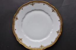 ASSIETTE AU LISERET OR / J. ETIENNE - Ceramics & Pottery