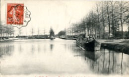 LAMOTTE BEUVRON       BASSIN DU CANAL DE LA SAULDRE.    PENICHE - Lamotte Beuvron