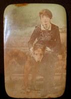 Ancien MIROIR De POCHE De SAC à MAIN Photo Femme & Chien (berger Allemand) Glace Mirror Spiegel Vintage Ca1900 ! - Habits & Linge D'époque
