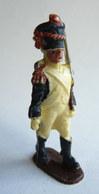 Figurine Quiralu Plastique EMPIRE SOLDAT NAPOLEONIEN DEFILANT  60's Pas Starlux Clairet Cyrnos, - Starlux