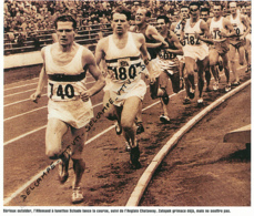 ATHLETISME : PHOTO (1952), JEUX OLYMPIQUES, HELSINKI, 5000 METRES, SCHADE MENE DEVANT CHATAWAY ET ZATAPEK QUI S'IMPOSERA - Athlétisme