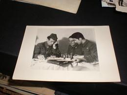 Chess Militari JNA Yugoslavia Playing Chass - Echecs